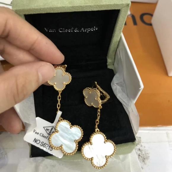 Jewelry - new beautiful women rings